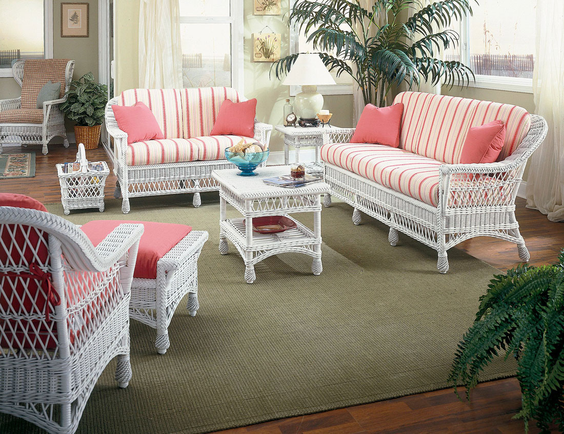 White Wicker Furniture Set, Harbor Front