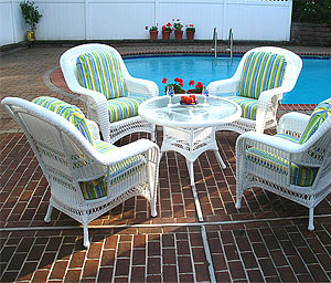 Outdoor Wicker Modular Sectionals · 5 Pc Chat Sets