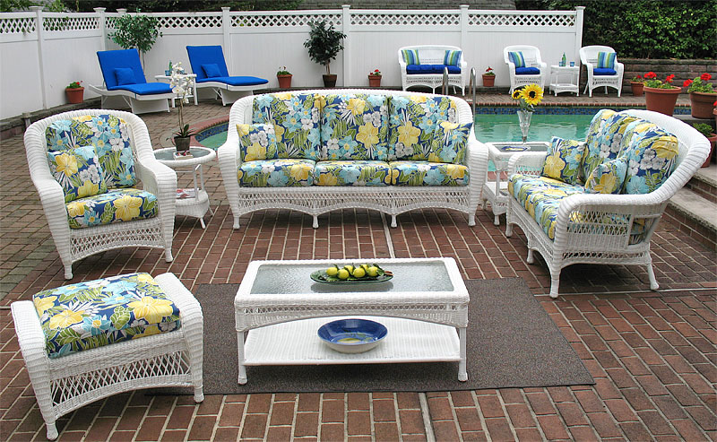 White Palm Springs Sofa and Loveseat Collections