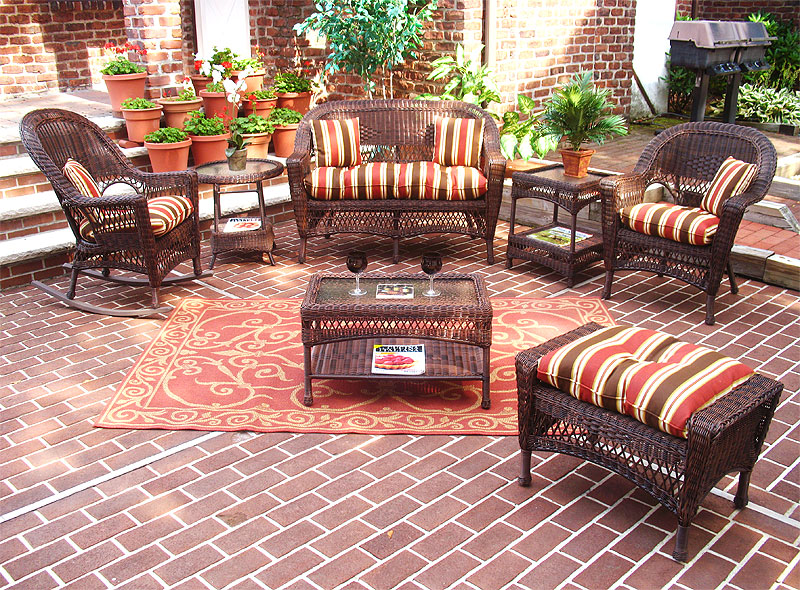 Wicker Antique Brown Tropical Breeze Outdoor Wicker Patio