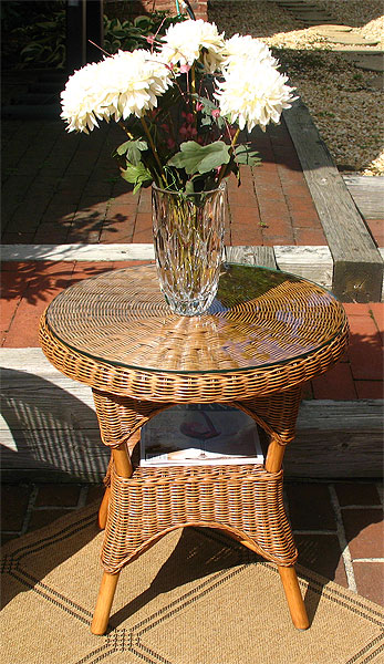 Santa Fe Round Rattan End Table With Glass Top