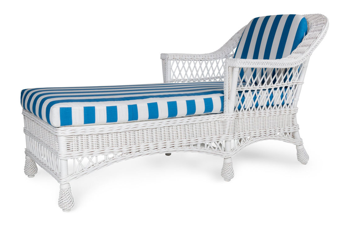 Harbor Front Wicker Chaise Lounge