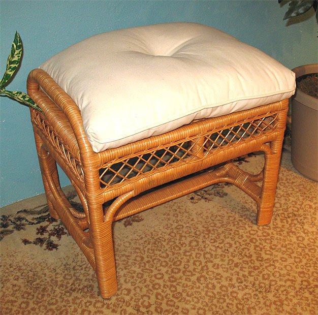 Savannah Wicker Bench Ottoman