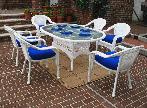 Resin Wicker Dining Set White