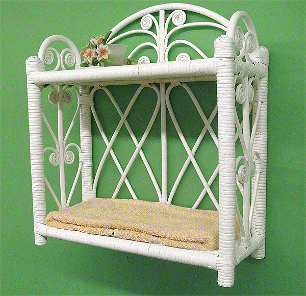 Heart Sides Wicker Wall Rack - WHITE