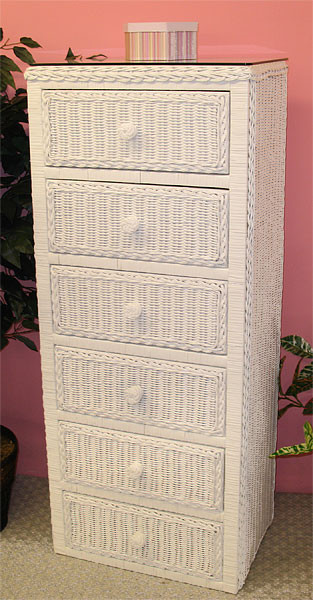 Traditional Wicker Lingerie Chest