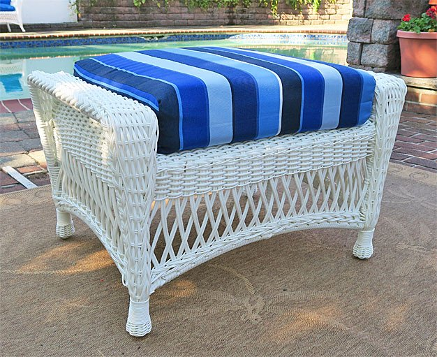Barcelona Resin Wicker Ottoman   WHITE Barcelona Resin Wicker Ottoman    WHITE