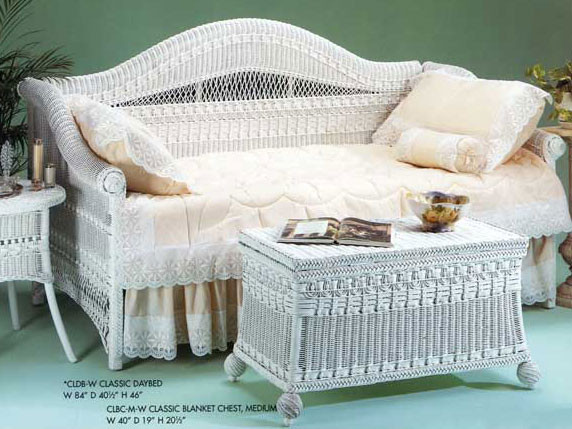 Classic day bed for Classic house day bed