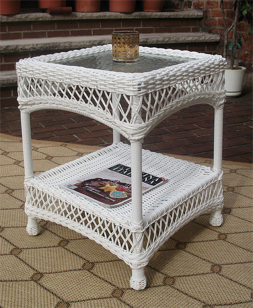 Madrid Resin Wicker End Table with Inset Glass Top