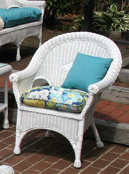 Diamond Rattan Framed Natural Wicker Chair - WHITE