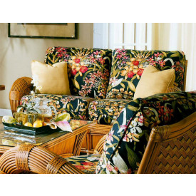 Jamaica Loveseat with Cushions