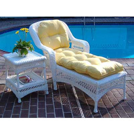 Belair Resin Wicker Chaise Lounge With Cushion