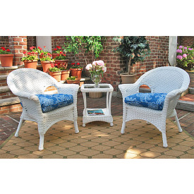 3-Piece Veranda Chat Resin Wicker  Set with Square Table and Cushions