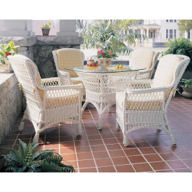 Concord Wicker Dining Set
