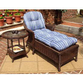 Veranda Resin Wicker Chaise With Cushion