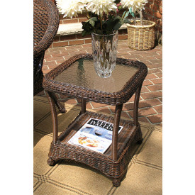 Veranda Resin Wicker End Table With Inset Gl Top