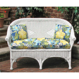 Diamond Wicker Love Seat With Cushion