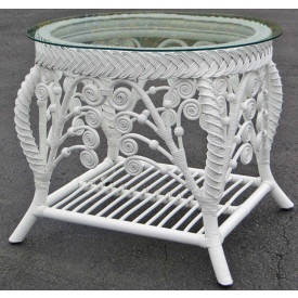 Merveilleux Victorian Wicker End Table